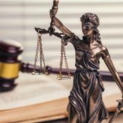 Rechtlich geprüft durch einen Rechtsanwalt und Notar
